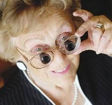 Brillenmontierte Ferngläser