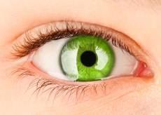 lentilla ojo verde